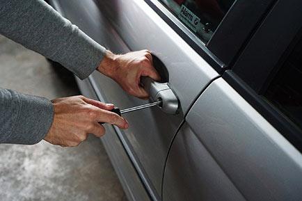 Medidas para evitar que te fuercen las cerraduras del coche