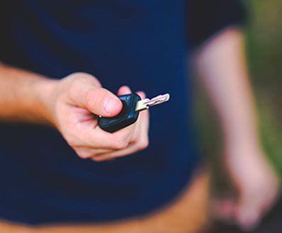 Por qué es una buena idea duplicar la llave de coche